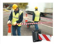 Dependable Retractable Barrier System